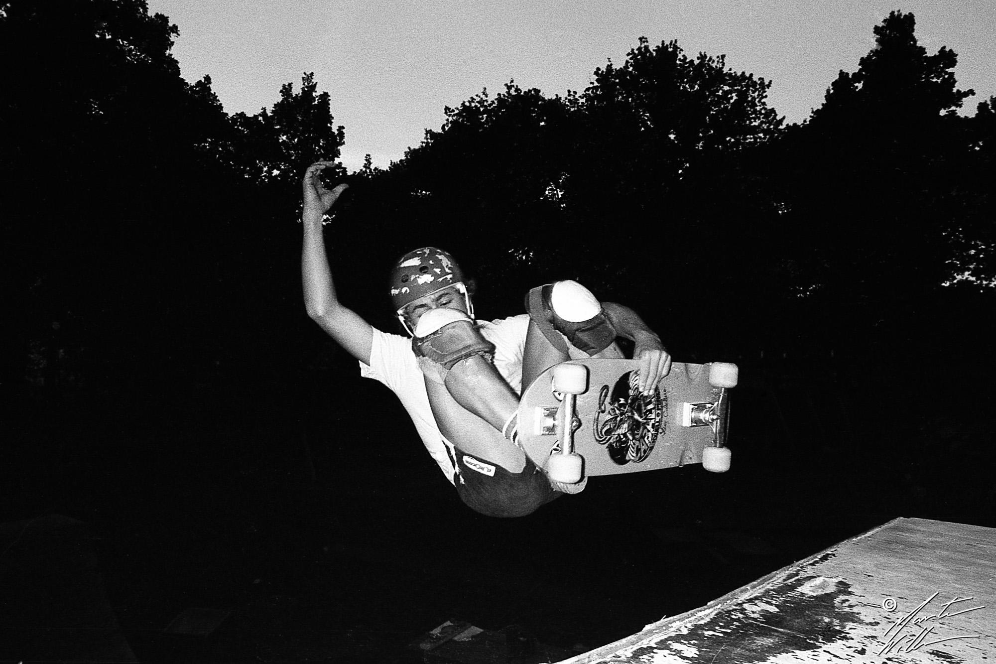 Nicke Hallgren, Frontside air,  Huskvarna Folkets park, 1981